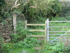 Stile/Gate to Purn at top of field by Catherines Inn